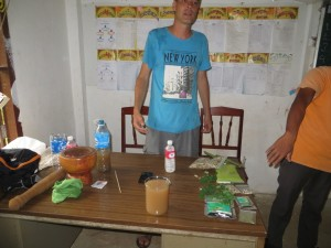 Cleaning dirty water with Moringa Seeds Education