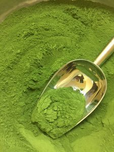 Rich-green-Organic-Moringa-Powder