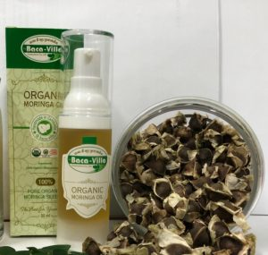 Organic-Moringa-seeds-Oil-cold-pressed